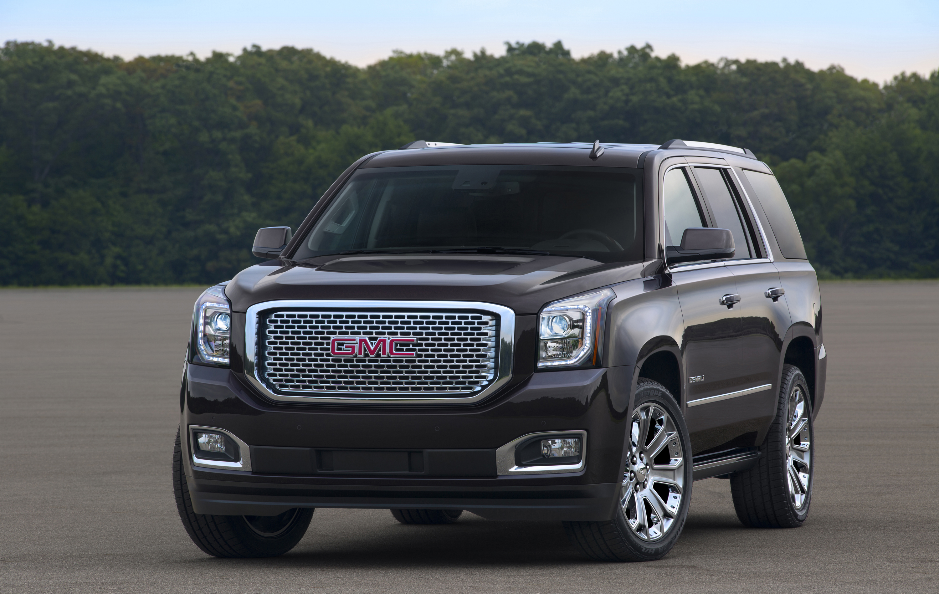 20092016-GMC-Range-Offers-Competitive-COO-in-UAE
